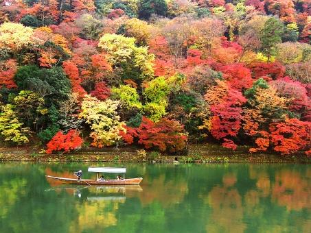 エアコンクリーニングを秋(10~11月)にするメリットとデメリット